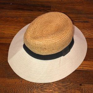 NWOT Zara hat